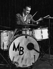 Remo D. Belli, jeune batteur actif durant l'ère du Swing